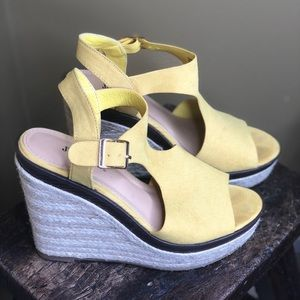 Bright and sunny wedges. Comfy & stylish. Like new